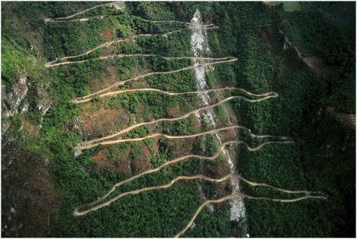 Según estudio carretera que conduce a Machu Picchu podría recepcionar más buses turísticos