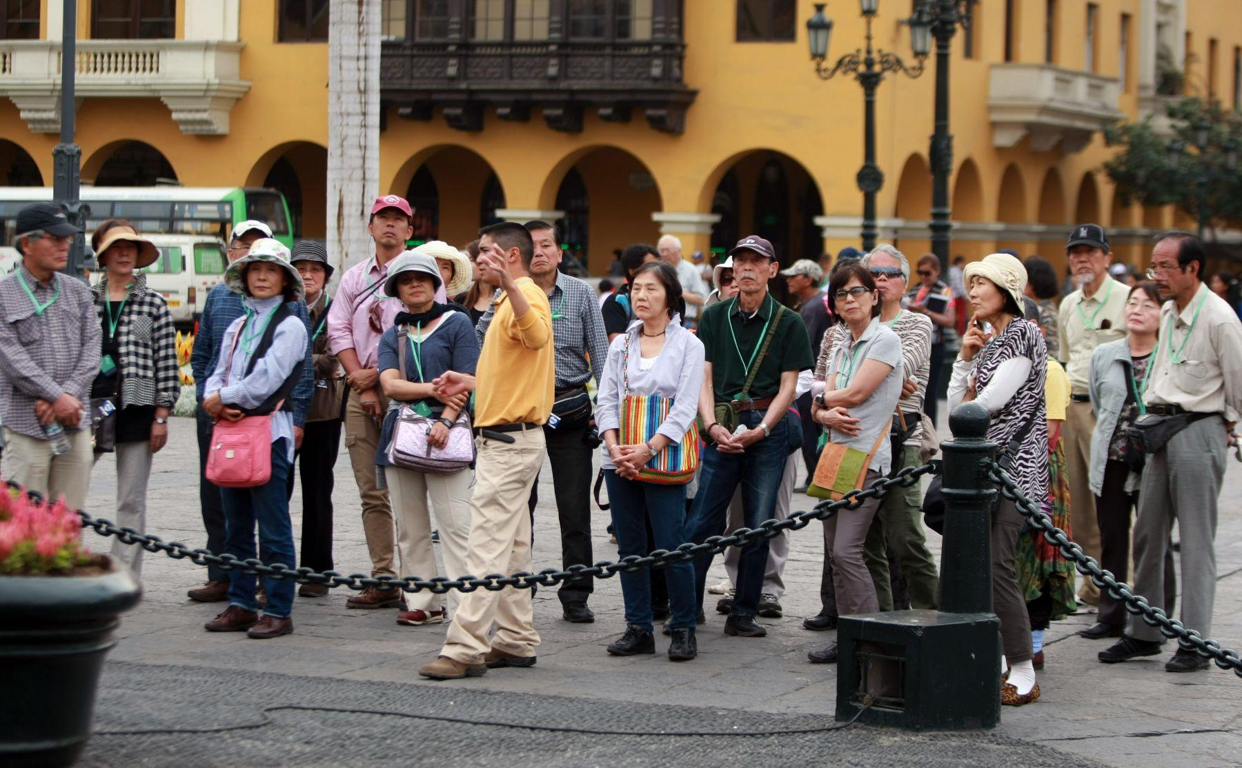 Alrededor de 5 mil chinos tendrán visa para poder viajar al Perú este 2015